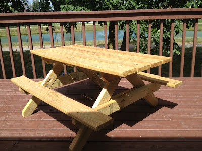 $30 DIY Kids Picnic Table