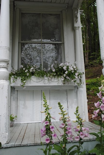 DIY Chippy White Window Box From Shabby Streamside Studio