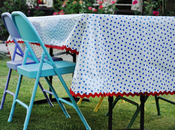 DIY Oilcloth Tablecloth