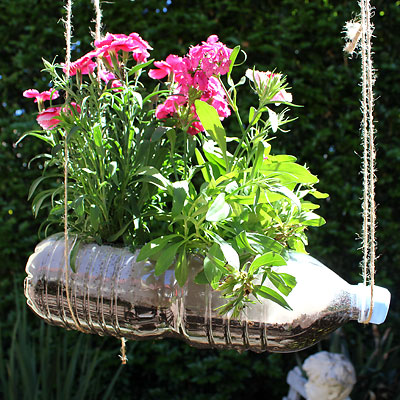 DIY Plastic Bottle Hanging Garden