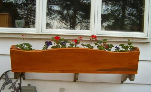 DIY Wood Flower Planter Box From Woodworking Corner
