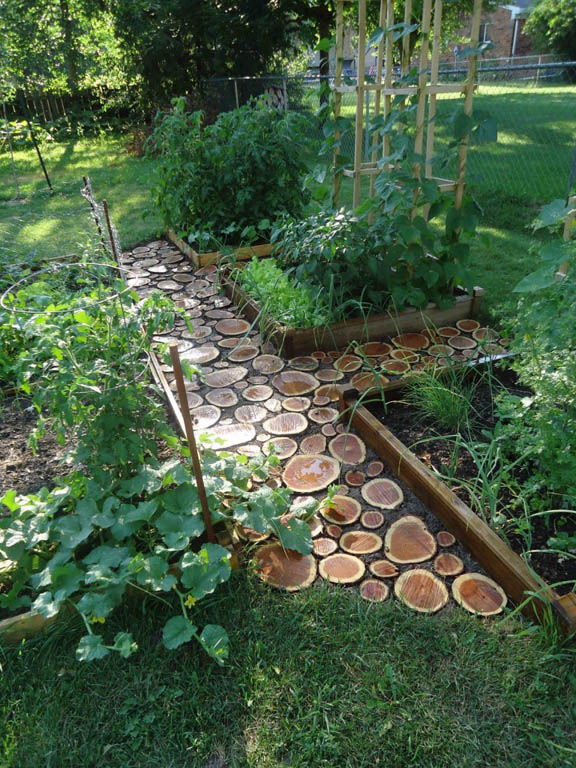 DIY Wood Log Path