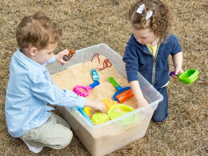 Super Easy & Inexpensive DIY Sandbox