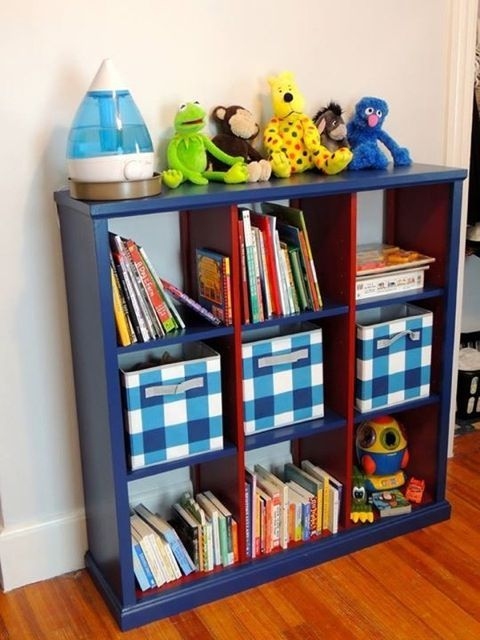 DIY Cubby Bookshelf