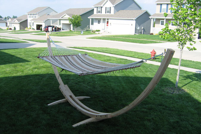 DIY Happy Hammock Stand