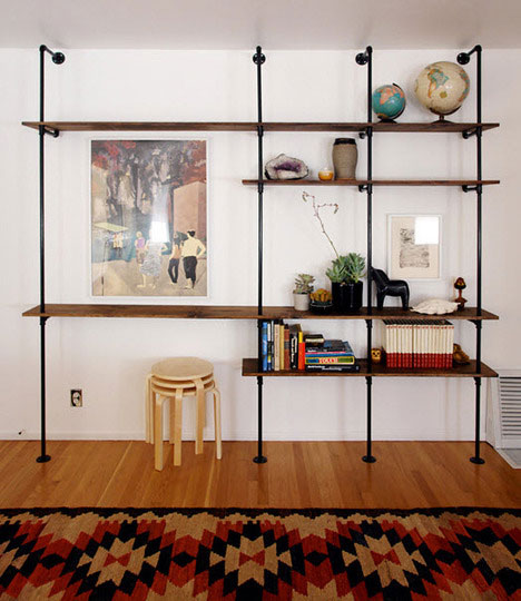 DIY Plumbing Pipe Bookshelf