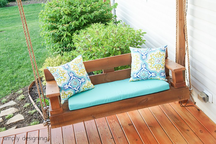 DIY Porch Swing by SimplyDesigning