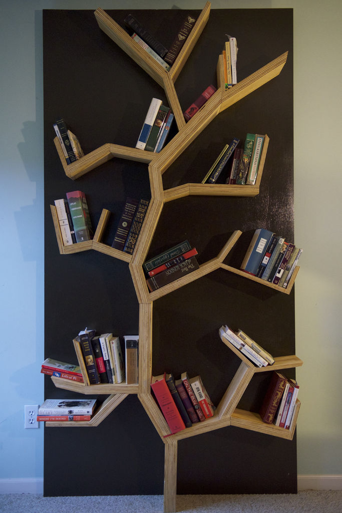 DIY Tree Bookshelf