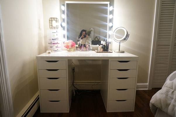 DIY Makeup Vanity by Made2Style