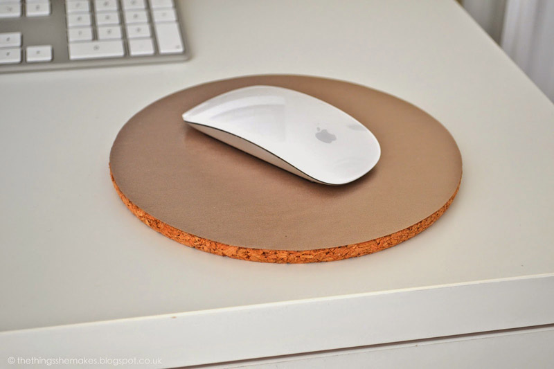 DIY Mouse Pad from TheThingsSheMakes