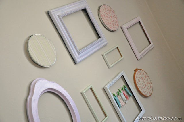 DIY Shabby Chic Frame Wall