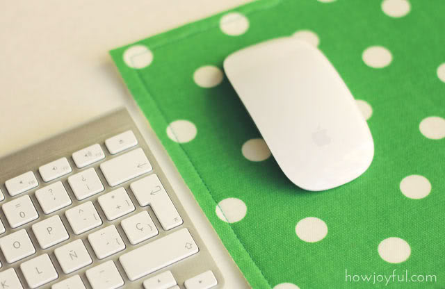 DIY Super Easy Fabric Scrap Mousepad