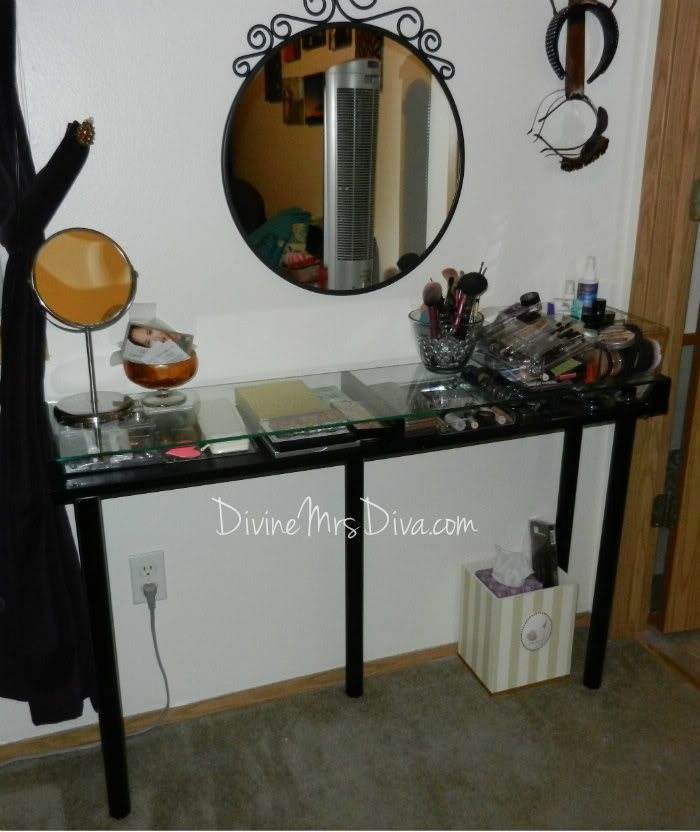 DIY Vanity Table by DivineMrsDiva