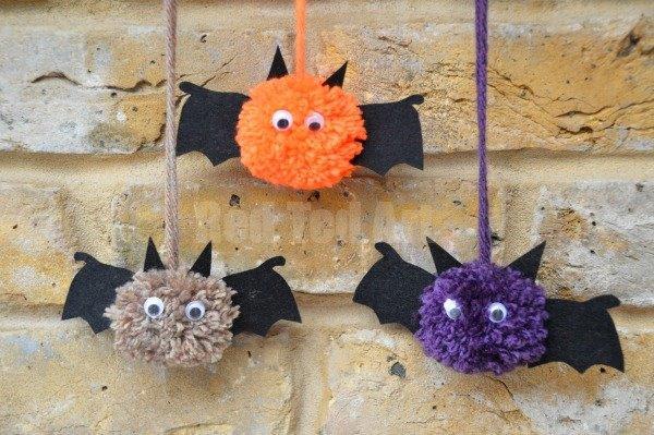 DIY Pom Pom Bats