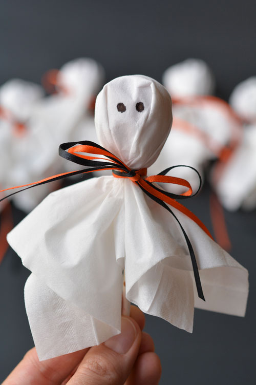 DIY Lolly Pop Ghosts