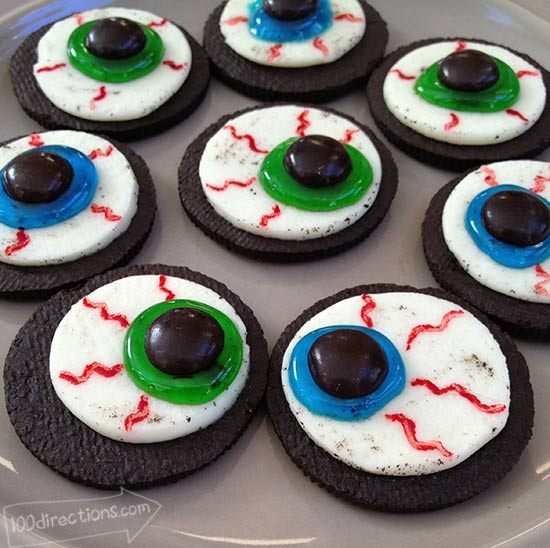 DIY Oreo Cookie Eyeballs