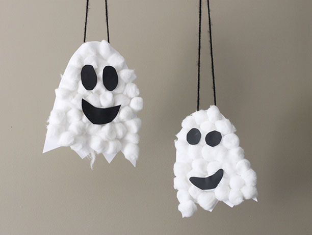 DIY Puffy Ghosts